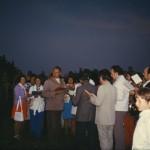 Die Singgemeinschaft beim Johannisfeuer 1975